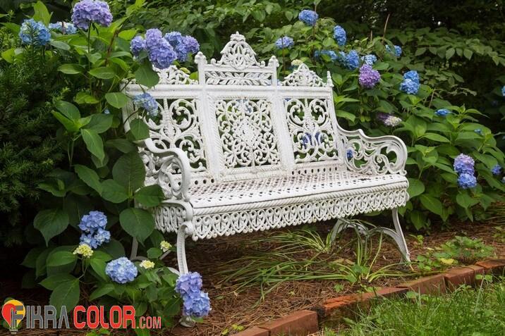 كراسي حدائق حديد أبيض